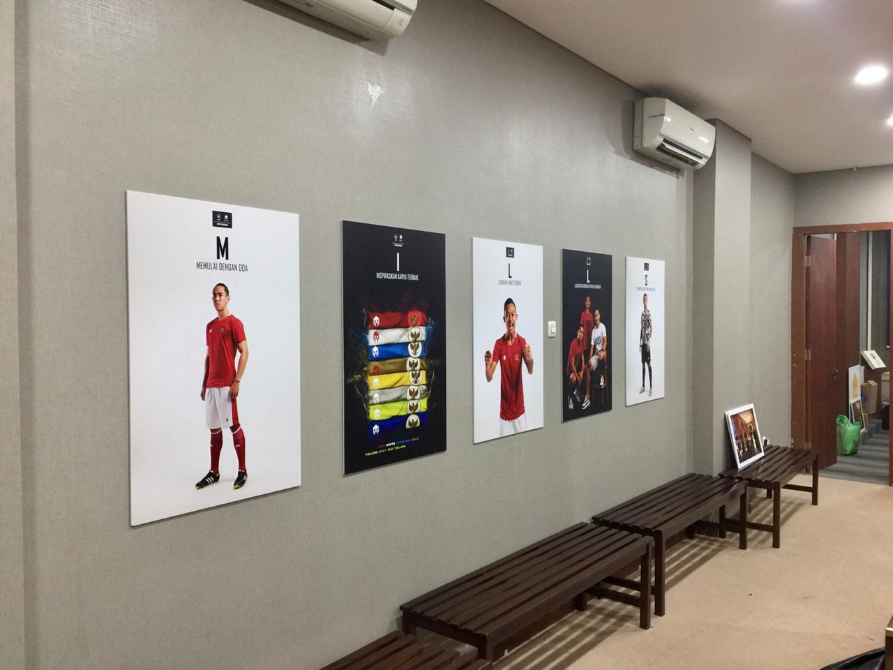 Sign and Display Timnas Indonesia